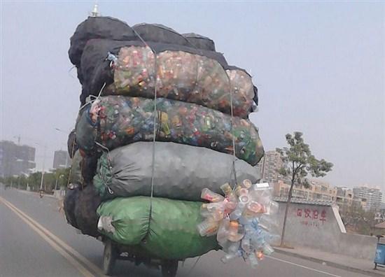 Как китайцы сортируют и перерабатывают мусор3